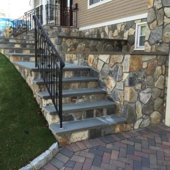 Bluestone Steps & Planter Walls (1)
